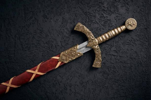 十字軍東征時代的古老騎士之劍 - sword 個照片及圖片檔