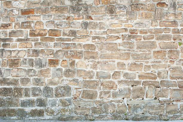 ancient stone wall - versterkte muur stockfoto's en -beelden