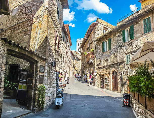 Ancient town of Assisi, Umbria, Italy Beautiful alley in the ancient town of Assisi, Umbria, Italy umbria stock pictures, royalty-free photos & images