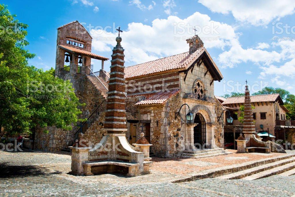 Ancient village Altos de Chavon - Colonial town reconstructed in Dominican Republic. Casa de Campo, La Romana стоковое фото