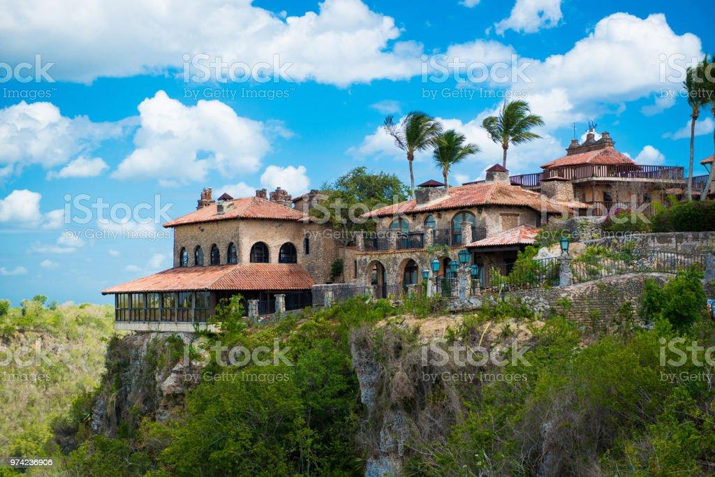 古代村アルトス デ チャボン - ドミニカ共和国の再建された植民地時代の町。カサ ・ デ ・ カンポ、ラ ・ ロマーナ - カリブのロイヤリティフリーストックフォト
