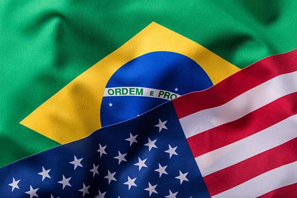 VEREINIGTE STAATEN und Brasilien. Vereinigte Staaten Flagge eine Brasilien-Flagge – Foto