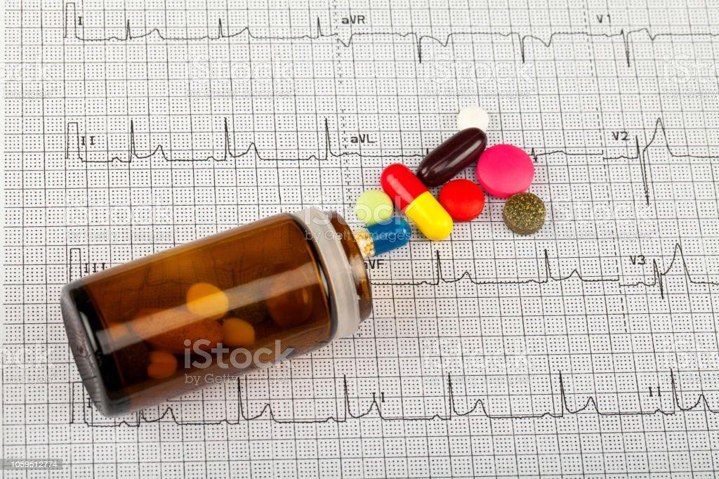 EKG und medizinische Versorgung – Foto