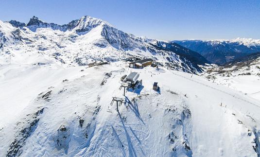 Andorra Ski Slope Snow Elevator Blank Wide Angle Aerial View — стоковые фотографии и другие картинки Андорра - iStock
