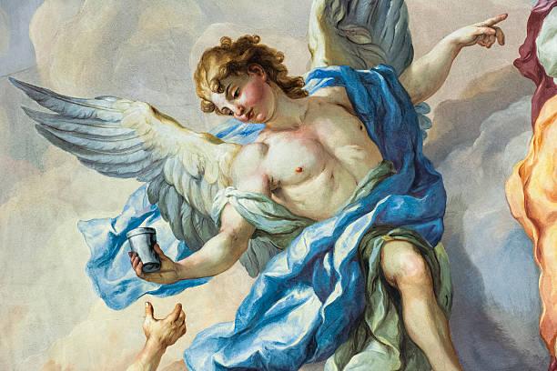 angel auf einer kirche im freien - naive malerei stock-fotos und bilder