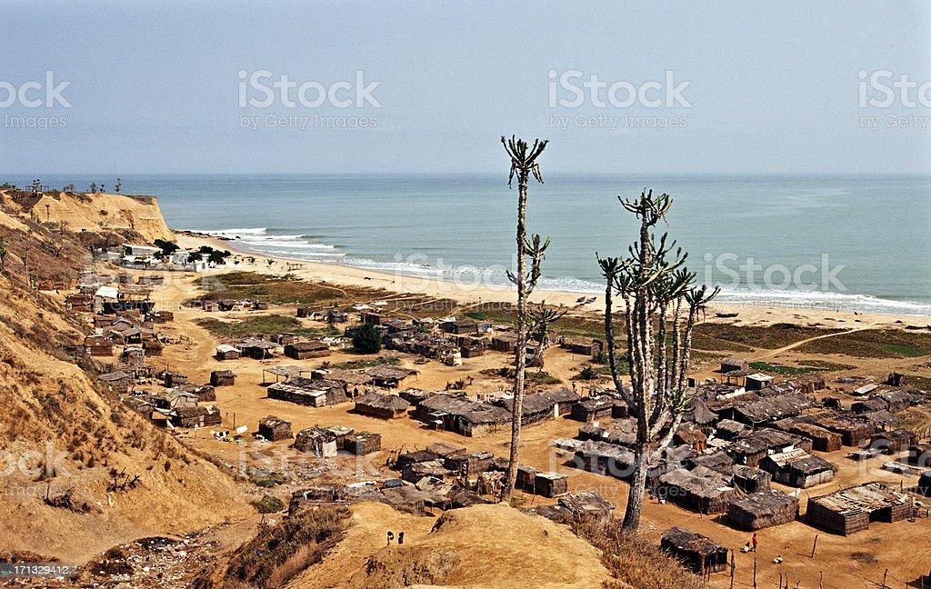 Angola, Bengo província, Cabo Ledo, do Oceano Atlântico. - foto de acervo