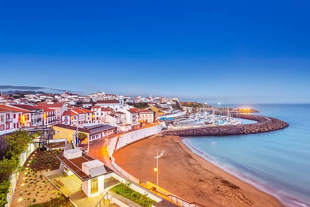 Angra do Heroísmo strand bei Dämmerung, Terceira (Azoren) – Foto