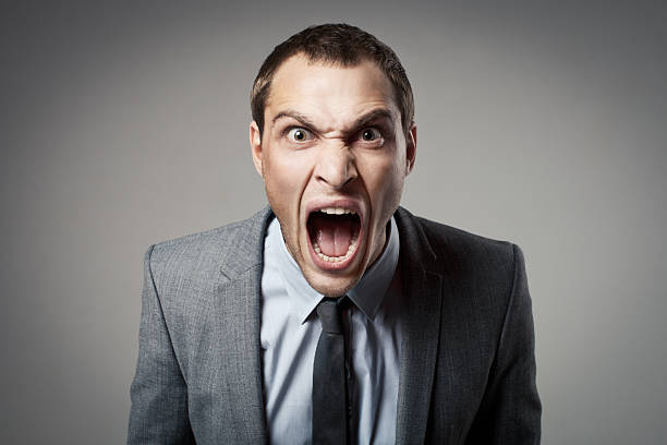 angry businessman shouting - gillen stockfoto's en -beelden
