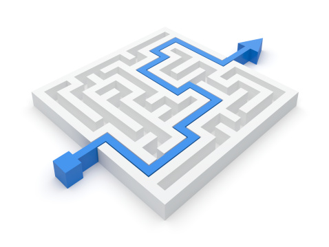 Animated maze puzzle with a blue arrow showing the solution