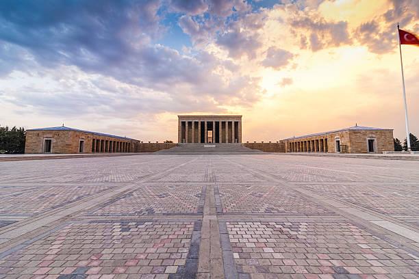 anitkabir at sunset - mausoleum stockfoto's en -beelden