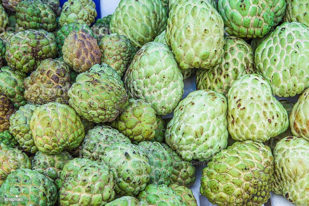 Annona sold in rural markets in thailand photo libre de droits