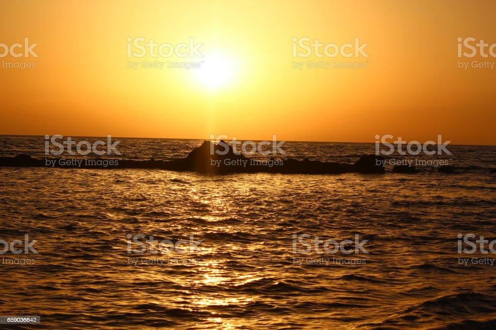 anochecer en la playa royalty-free stock photo