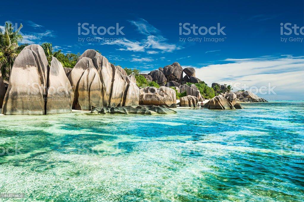 Anse Sous d'Argent beach mit Felsenlandschaft – Foto