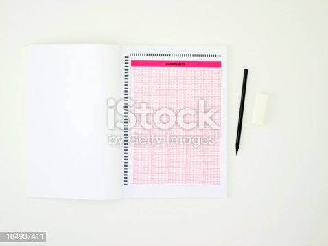 istock Answer sheet 184937411