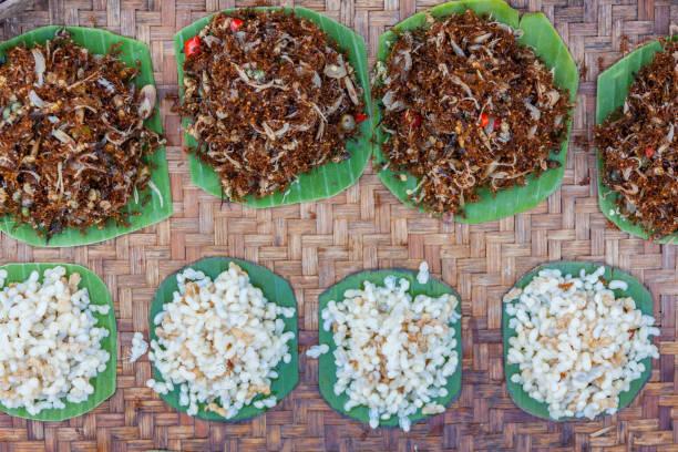 Ant-Eiern auf dem lokalen Markt von Thailand – Foto