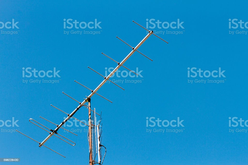 TV antenna with blue sky background foto royalty-free