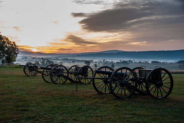 Antietam's 150th Sunrise over Antietam american civil war stock pictures, royalty-free photos & images