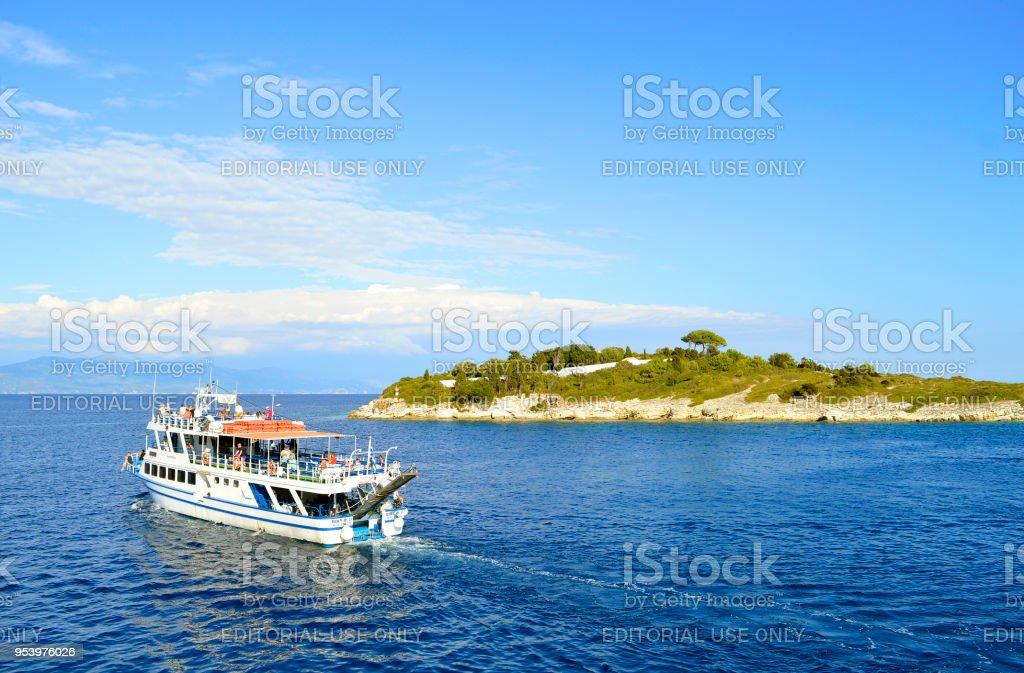 Navio de cruzeiro Porto Antipaxos Vicky F2 - foto de acervo