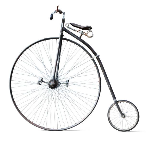 Antikes Fahrrad isoliert auf weiss – Foto