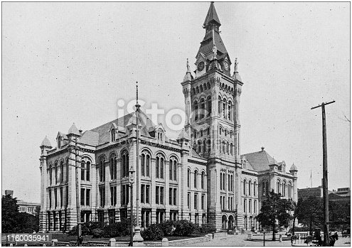 Antique black and white photo of Buffalo, New York: City and County Hall