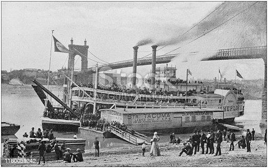 Antique black and white photo of Cincinnati, Ohio: River and Steamer