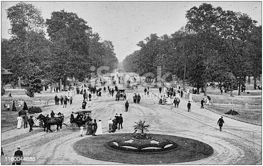 Antique black and white photo of Detroit, Michigan: Central Avenue, Belle Isle