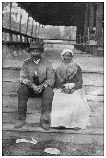 Antique black and white photo of the United States: Couple