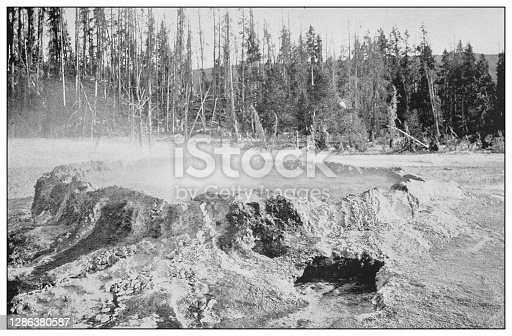 Antique black and white photo of the United States: Crater of Mammoth Geyser