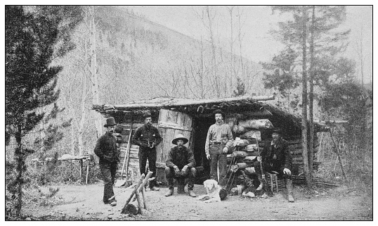 Antique black and white photo of the United States: Hunter's hut