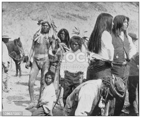 Antique black and white photo of the United States: Maricopa Warriors