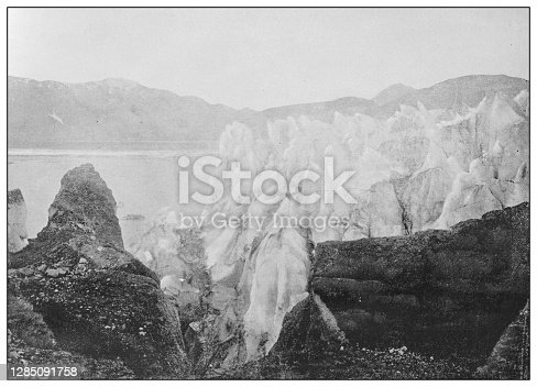 Antique black and white photo of the United States: Muir Glacier