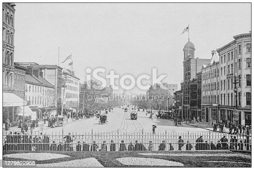 Antique black and white photograph of Washington, USA: Pennsylvania Avenue