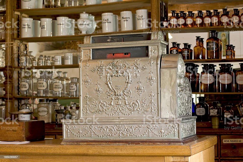 Antigo caixa registradora - foto de acervo