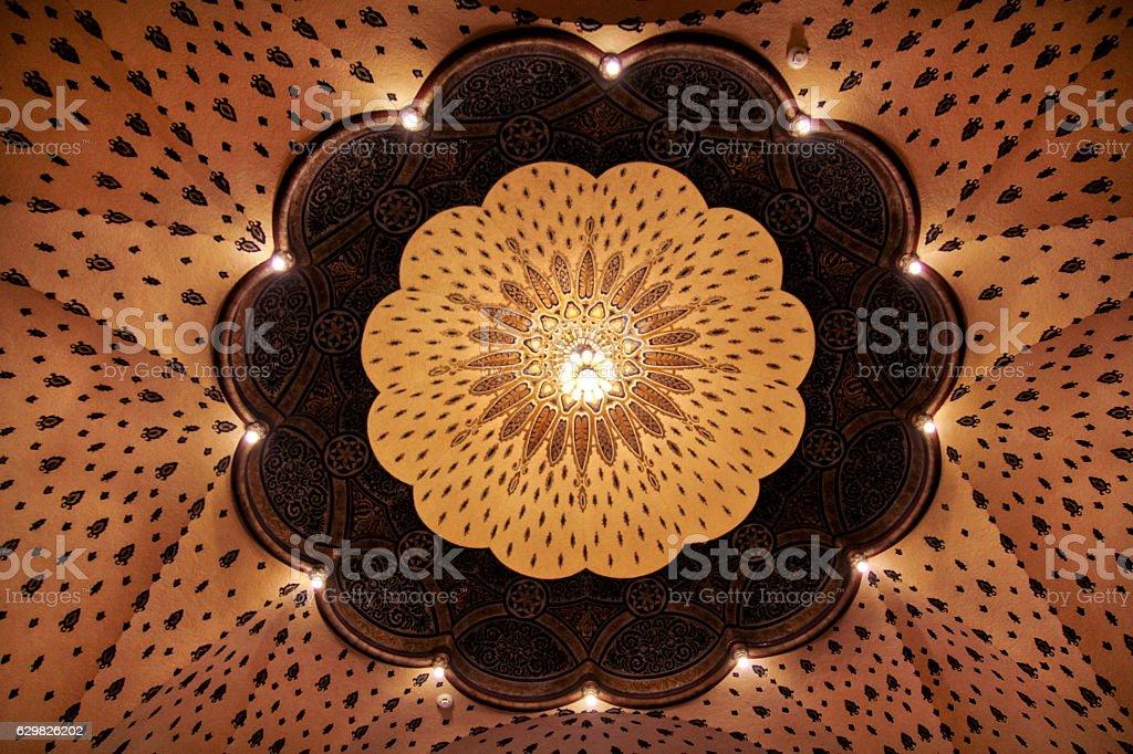 Antique dome ceiling - foto de acervo