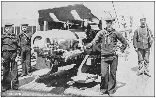 Antique historical photographs from the US Navy and Army: Gun on the