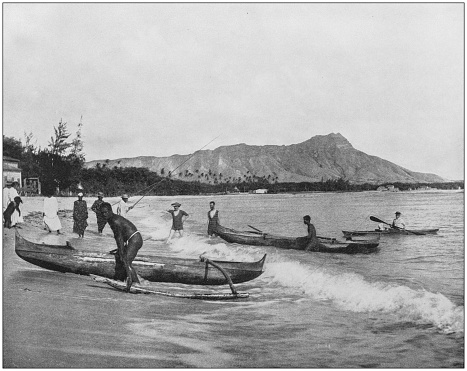 Antique historical photographs from the US Navy and Army: Hawaiian canoes