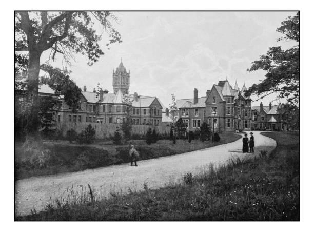 anciennes photographies de londres: asile de claybury - hopital psychiatrique photos et images de collection