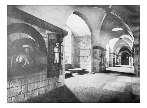 Antique London's photographs: Painters Corner, St Paul's Cathedral