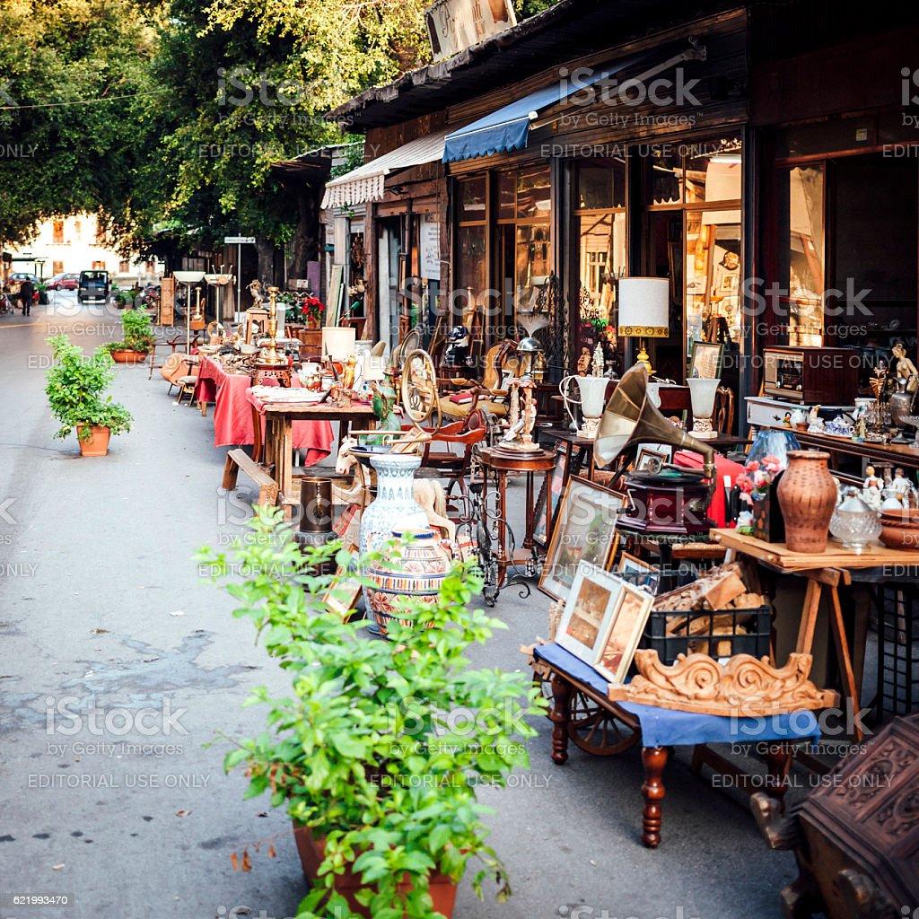 Antique market in Palermo - Il Mercato delle Pulci. 스톡 사진