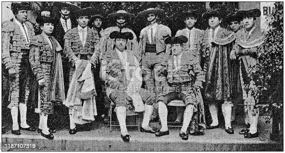 Antique photo: Bullfighters