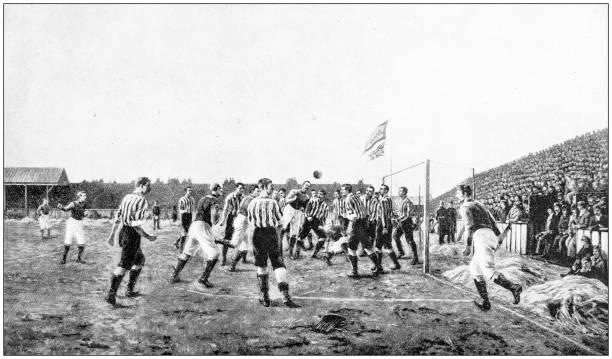 antikes foto: fußballspiel - historisch stock-fotos und bilder