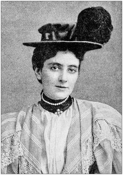 Antique photograph: Mrs Curzon Antique photograph: Mrs Curzon 1900 stock pictures, royalty-free photos & images