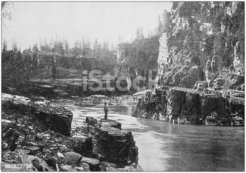Antique photograph of America's famous landscapes: Cabinet Gorge, Dells of the Sioux River