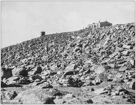 Antique photograph of America's famous landscapes: Observatory on Pike's Peak