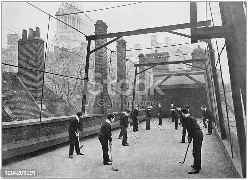 Antique photograph of the British Empire: Hockey on the house-top