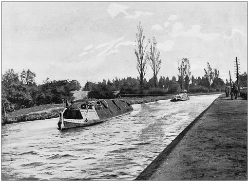 Antique photograph of the British Empire: Monkey barges on the grand junction canal