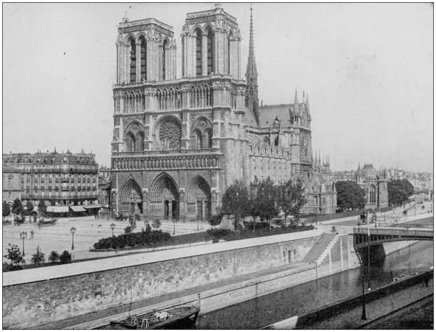 antikes foto des weltweit berühmten sehenswürdigkeiten: kathedrale von notre dame, paris, frankreich - kathedrale von notre dame stock-fotos und bilder