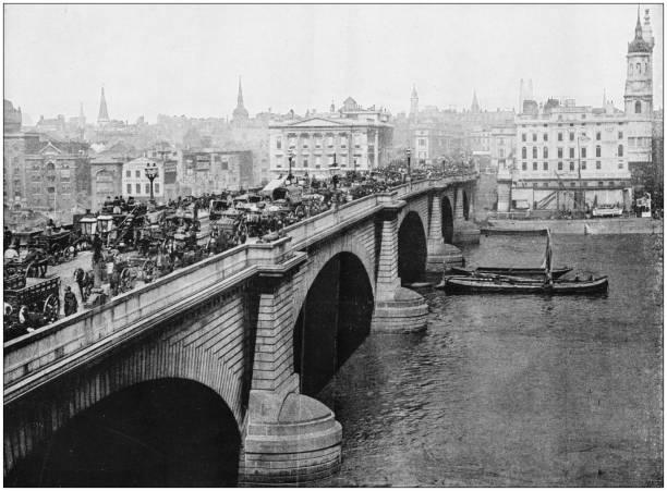 Antique photograph of worlds famous sites london bridge picture id871664138?b=1&k=6&m=871664138&s=612x612&w=0&h=plf7phkazrdt8w ah4cikghgsmtcgucfzugdgqy8jcu=