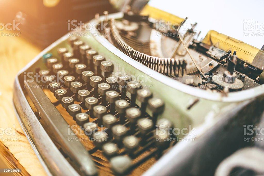 antique typewriter foto