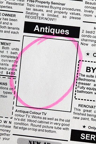 antiquitäten sale ad - medium strähnchen stock-fotos und bilder